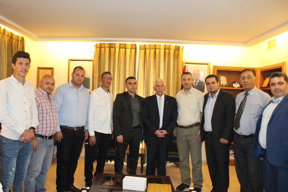 مجموعة الجراشي الاستثمارية تبارك للمحافظ الجديد ضمن وفد رسمي